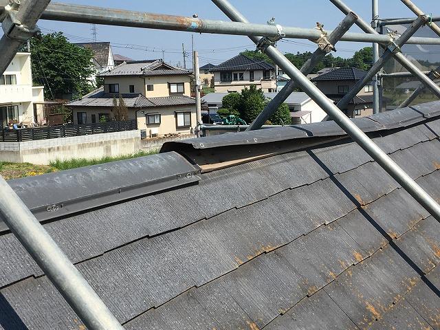 年数が経った屋根