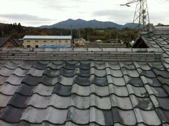 屋根の中でも見慣れた瓦屋根