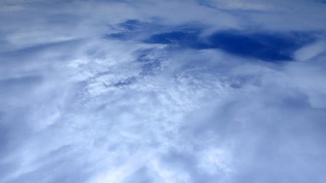 雲が掛かった空