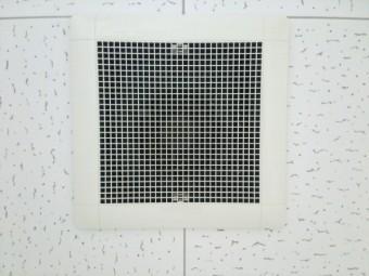 天井の換気扇