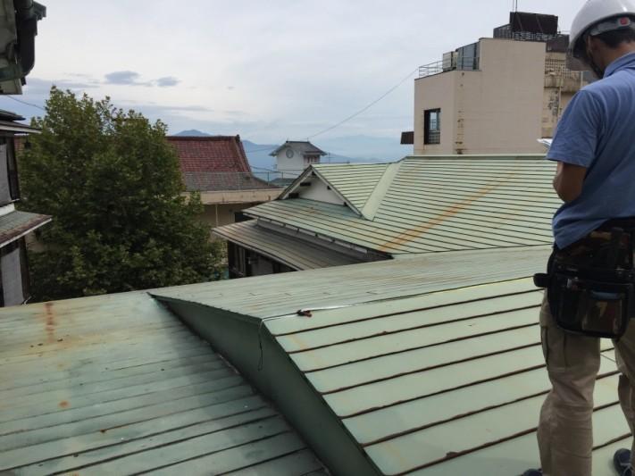 板金屋根全体|伊香保町旅館