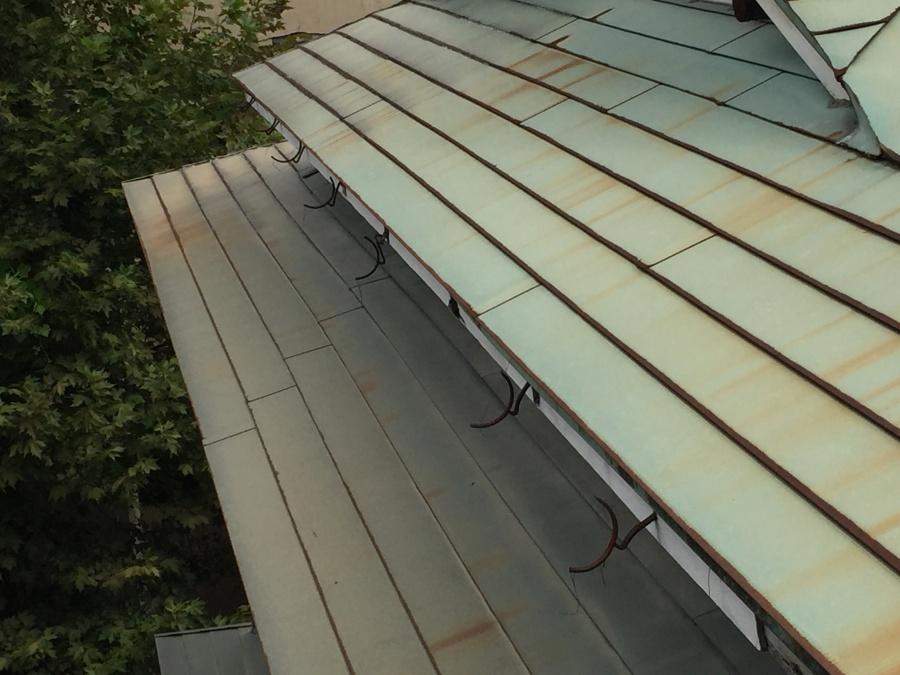 屋根の棟先部分