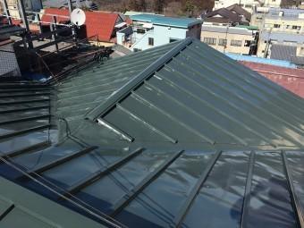 緑色の板金屋根