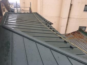 板金屋根の棟板金