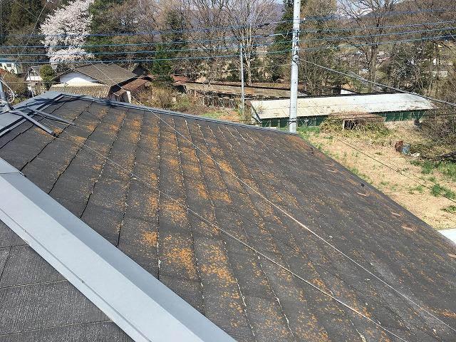 年数が経ったスレート屋根