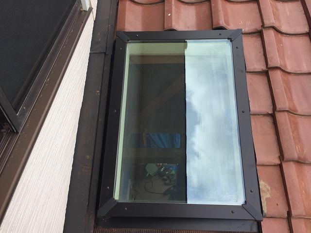 黒枠の天窓
