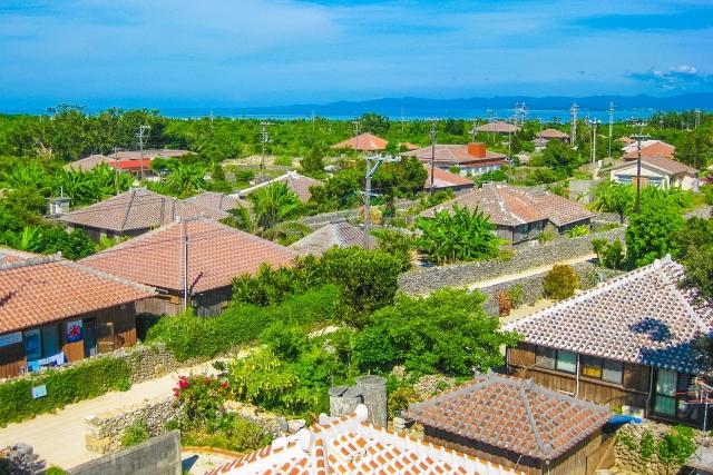 沖縄の民家の風景