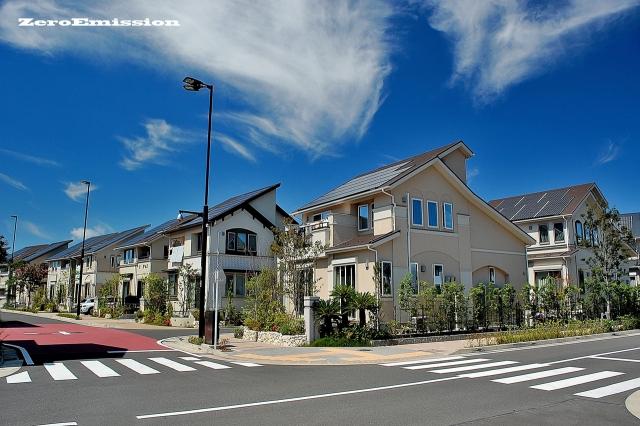 家が立ち並ぶ集合住宅地域
